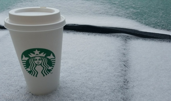 2018 | 016/365 | Starbucks and Snow