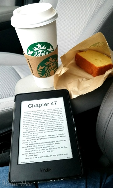 Starbucks and Kindle | Chai Spice Latte and Iced Lemon Pound Cake