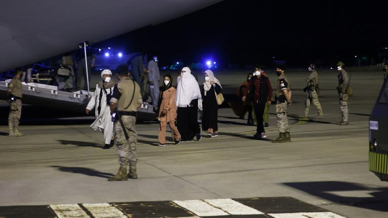 Afghanistan: US airlifts close to 20,000 people out of Kabul
