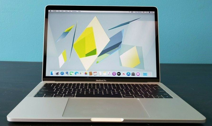 Apple MacBook Pro 13 Laptop   Silver   2016-2017   i5   256GB SSD   RETINA