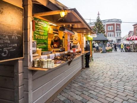 Visiter le Marché de Noël de Riga, Place du Dôme