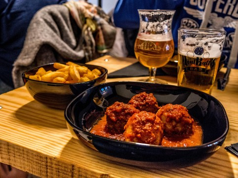 Charleroi : Meatball's Bar