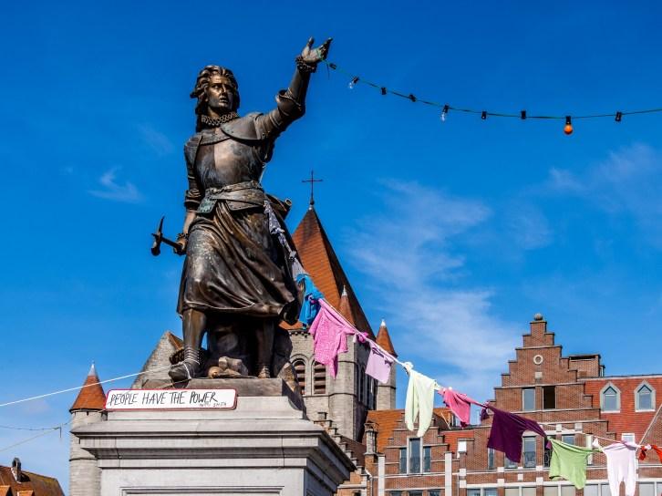 Statue de Christine de Lalaing à Tournai