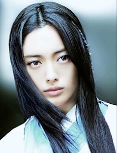 https://i1.wp.com/melodiecat.free.fr/Images/Acteur_Japonais/Yukie_Nakama01.jpg