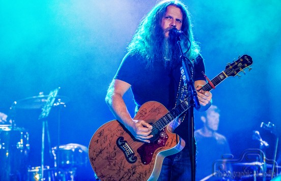Jamey Johnson with Chris Hennessee put on an outstanding performance at the Lafayette Theater in Lafayette, Indiana on July 7, 2016. Photo cred Melodie Yvonne