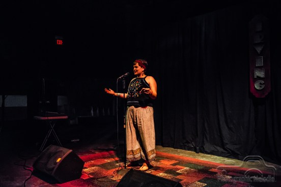 poetry-open-mic-irving-may-17-2018-0609