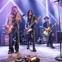 Gypsy Road Leads to Vogue for Night Songs With Tom Keifer