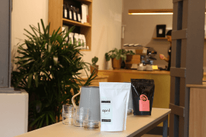 Your walking guide to specialty coffee in Berlin Kreuzberg_refinery retail store_filter coffee