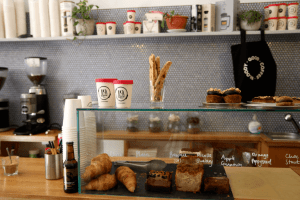 Your walking guide to specialty coffee in Berlin Kreuzberg__19grams_counter