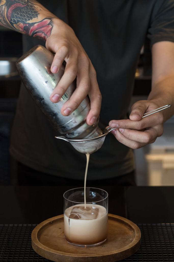 mels-coffee-travels-signature-drinks-chiang-mai-signature-drink-making
