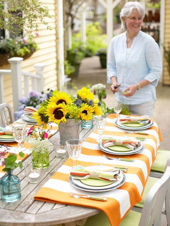"""Moederdag gedekte tafel met nieuw servies - Moederdag cadeau voor haar servies - mooie nieuwe borden en schalen - Mels Feestje"""""""