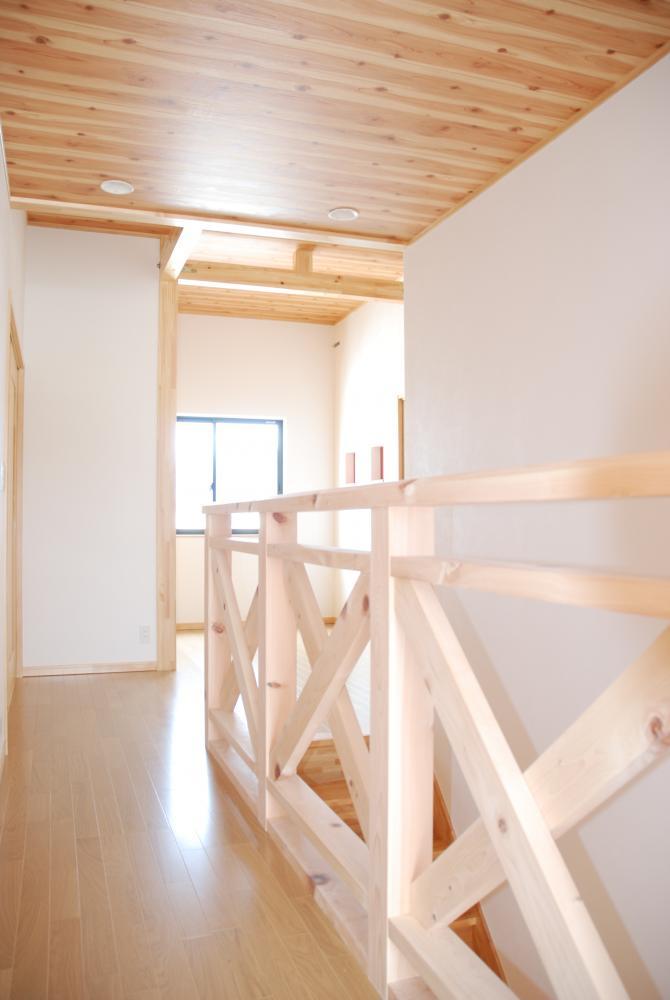 木質感のある家