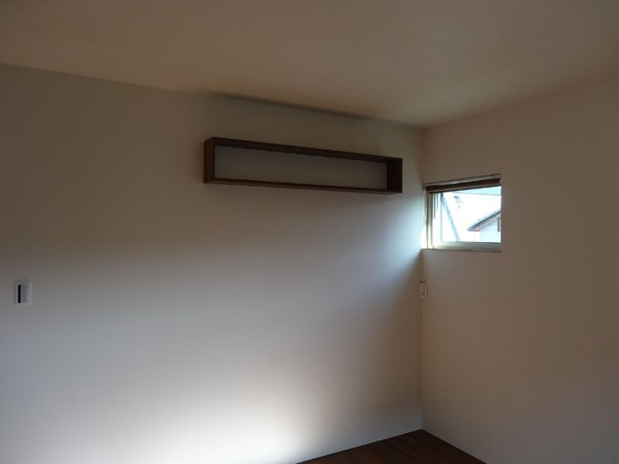 寝室の本棚