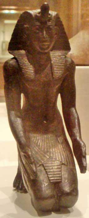 Bronze kneeling statuette, likely of the pharaoh Necho II