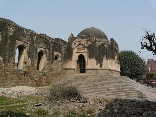 Ruins of East gate entry in to Begumpur Masjid