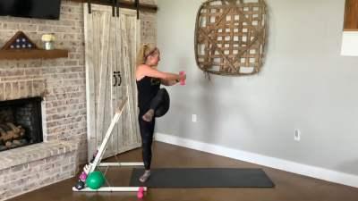 HIIT Barre Workout – Guest Teacher Lauren George