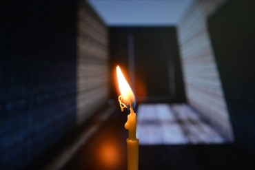 candle_light_in memoriam