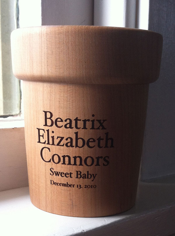 laser engraved urn sample