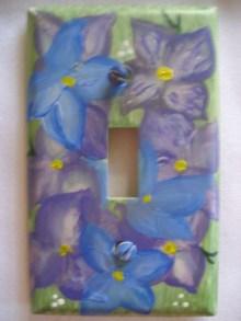 single swp purple flowers