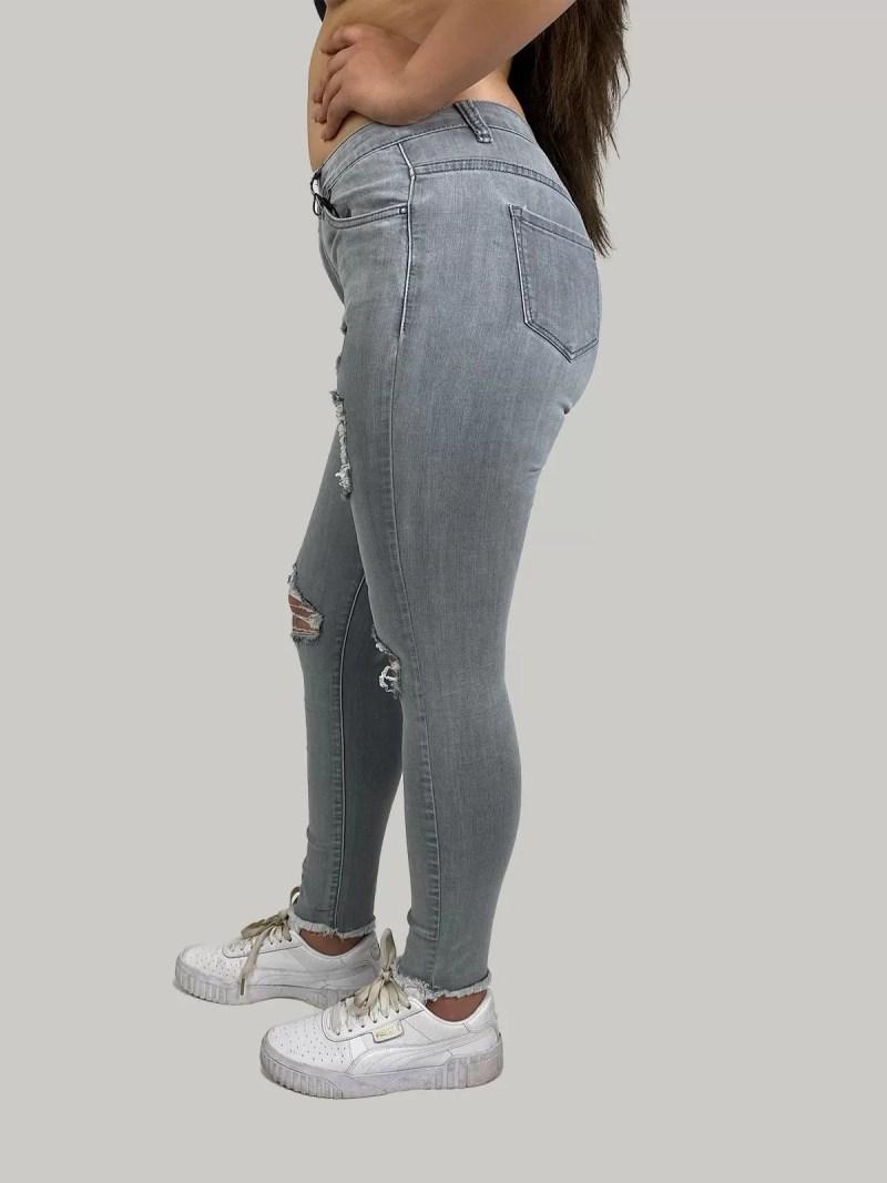 grijs-spijkerbroek