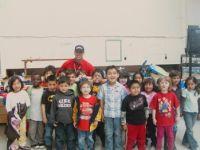 Gidley at Lynwood Elementary