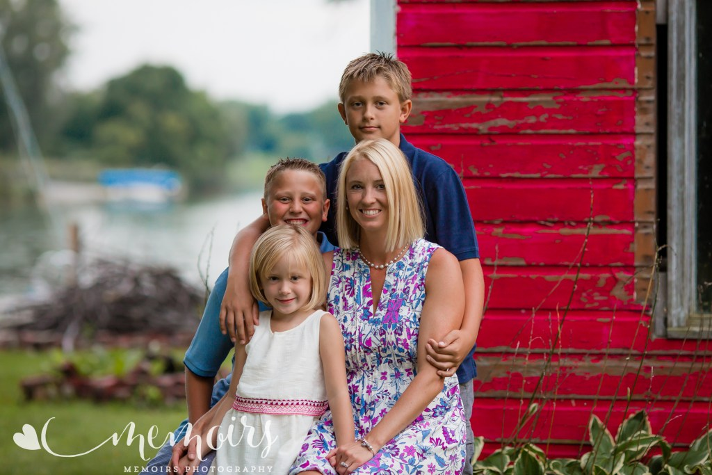 Black River Backyard Family Photo Session