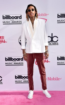rs_634x1024-160522172945-634-wiz-2016-billboard-music-awards