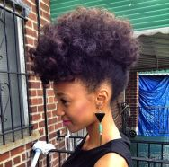 natural-hairstyles-for-work-23