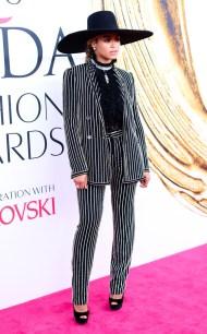 rs_634x1024-160607081751-634.Beyonce-CFDA-Awards-NYC