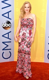 rs_634x1024-161102160727-634-wendi-mclendon-covey-cma-awards-ms-110216