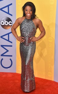rs_634x1024-161102161936-634-simone-biles-cma-awards