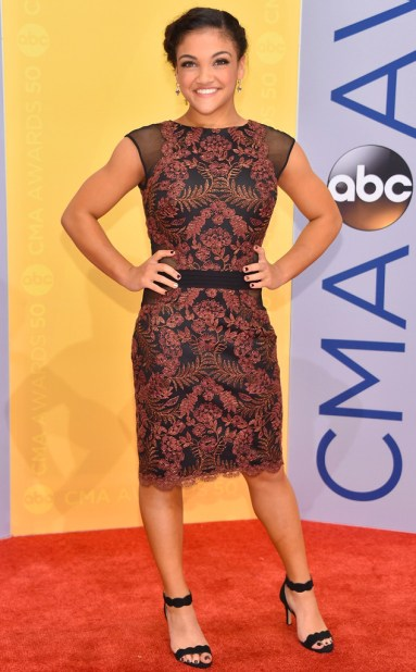 rs_634x1024-161102162054-634-laurie-hernandez-cma-awards