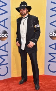 rs_634x1024-161102170252-634-billy-ray-cyrus-cma