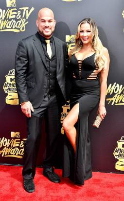 rs_634x1024-170507151622-634.Tito-Ortiz-Amber-Nichole-Miller-MTV-Movie-and-TV-Awards.kg.050717
