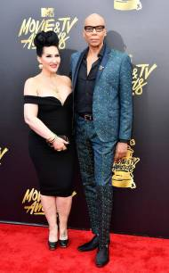 rs_634x1024-170507154257-634-rupaul-michelle-mtv-movie-tv-awards-2017