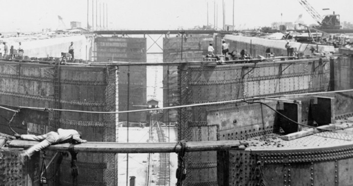 Gatun Lock – The Atlantic entrance of the Panama Canal in Gatun