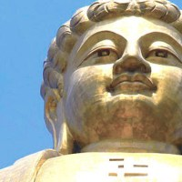 Spring Temple Buddha - The colossal statue of Vairocana Buddha in Zhaocun