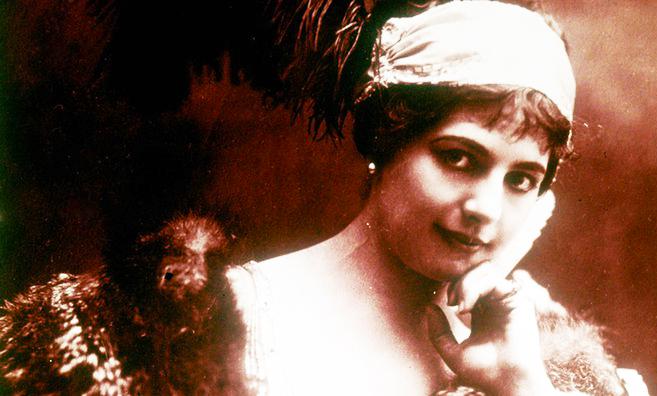 Mata Hari – Her personal scrapbooks in Leeuwarden