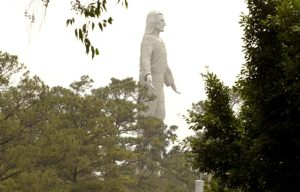 The Christ at El Picacho – The massive Christ in Tegucigalpa