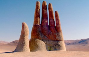 Mano del Desierto – The raised hand coming out of the desert in Antofagasta