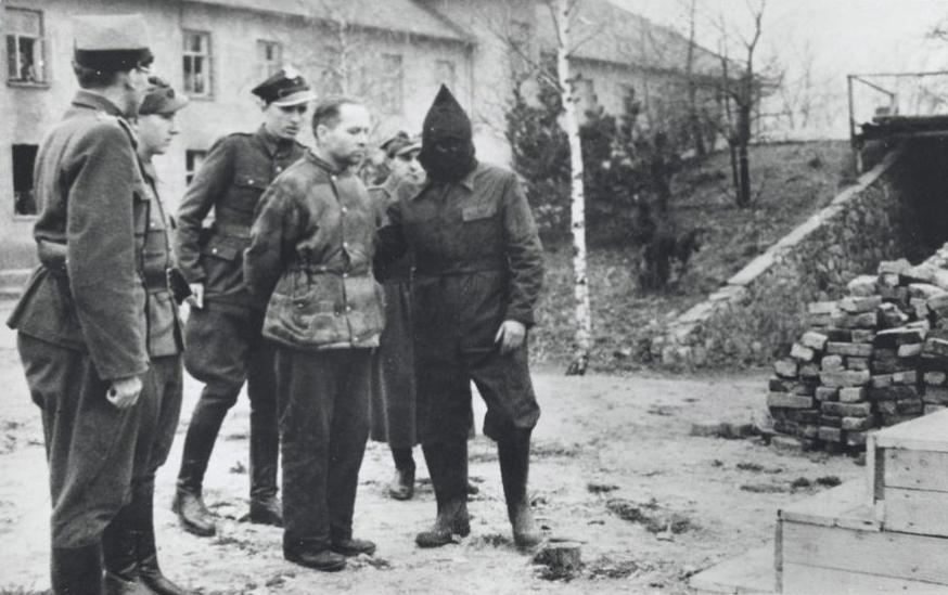 Rudolf Höss – The Death dealer hanged in Auschwitz