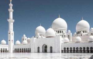 Sheikh Zayed – The grand white mosque in Abu Dhabi