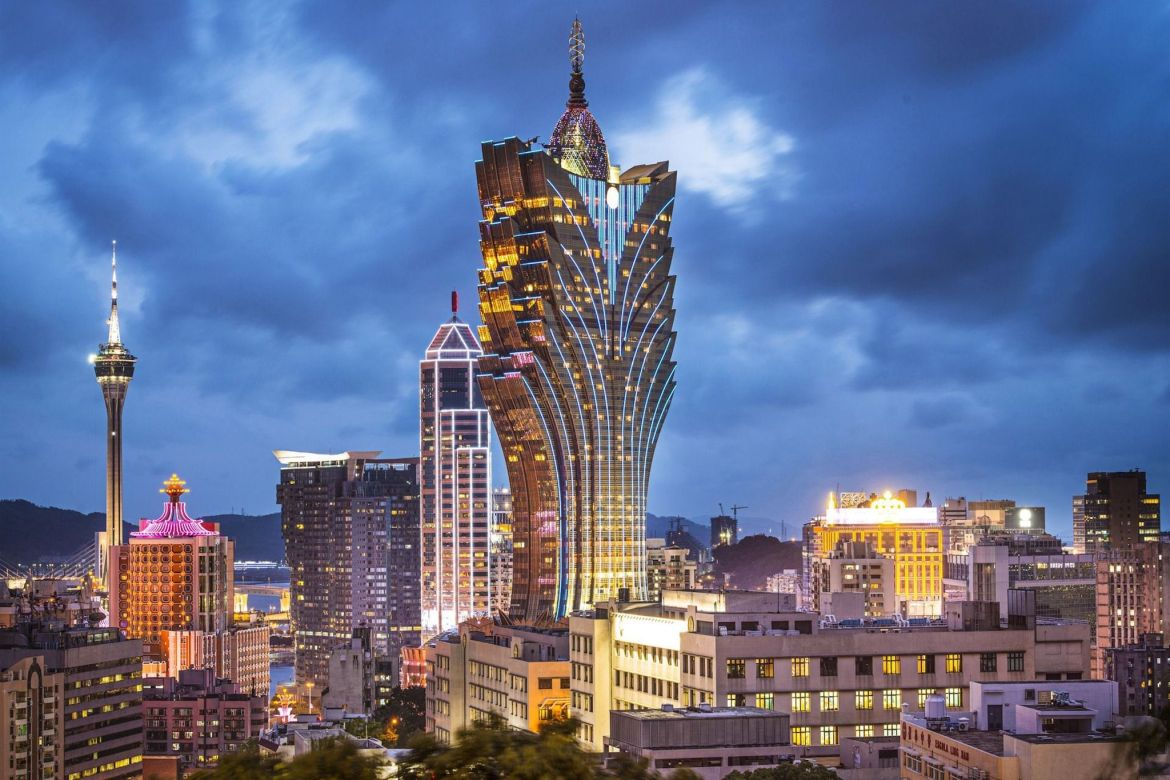 Grand Lisboa – The hotel and cityscape in Macau