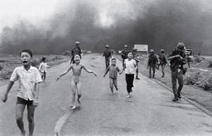 Napalm Girl – Bombs hits the soul and body of a girl in Trảng Bàng