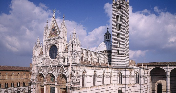 Duomo di Siena – The medieval cathedral in Siena