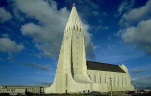 Hallgrímskirkja – The church of Hallgrímur in Reykjavík