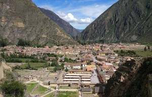 Ollantaytambo – The town and an Inca archaeological site in the Sacred Valley