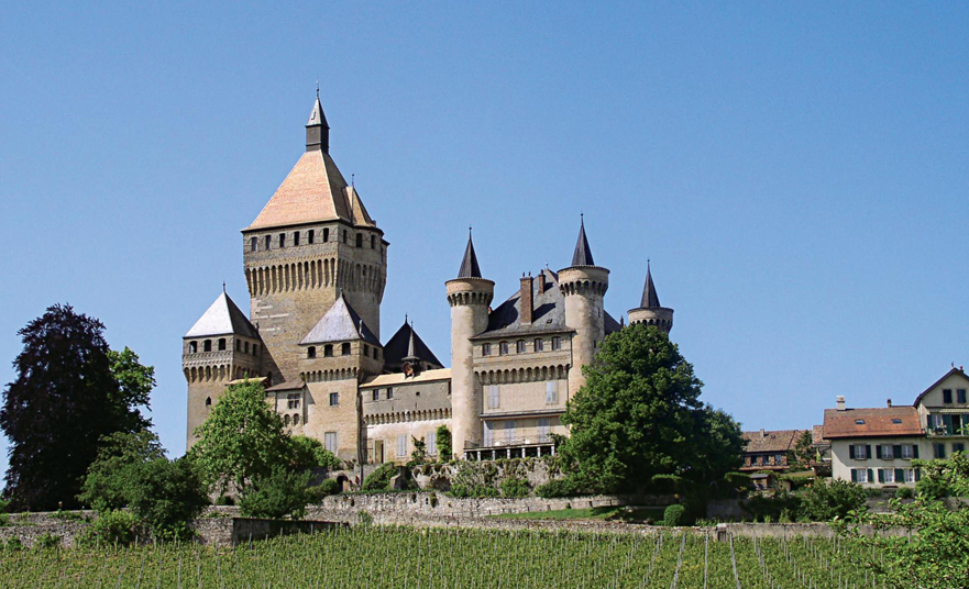 Vufflens Castle – The medieval castle in Morges