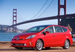 2012_Toyota_Prius_v_Five_main