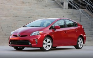2013-Toyota-Prius-Five-front-side-view-with-stairs-1024x640